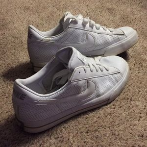 Women's white Nike shoes